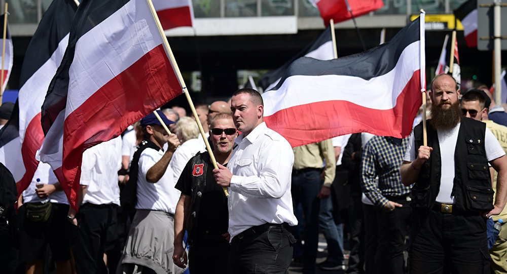 500 neo-Nazis descend on Berlin to mark Rudolf Hess's birthday