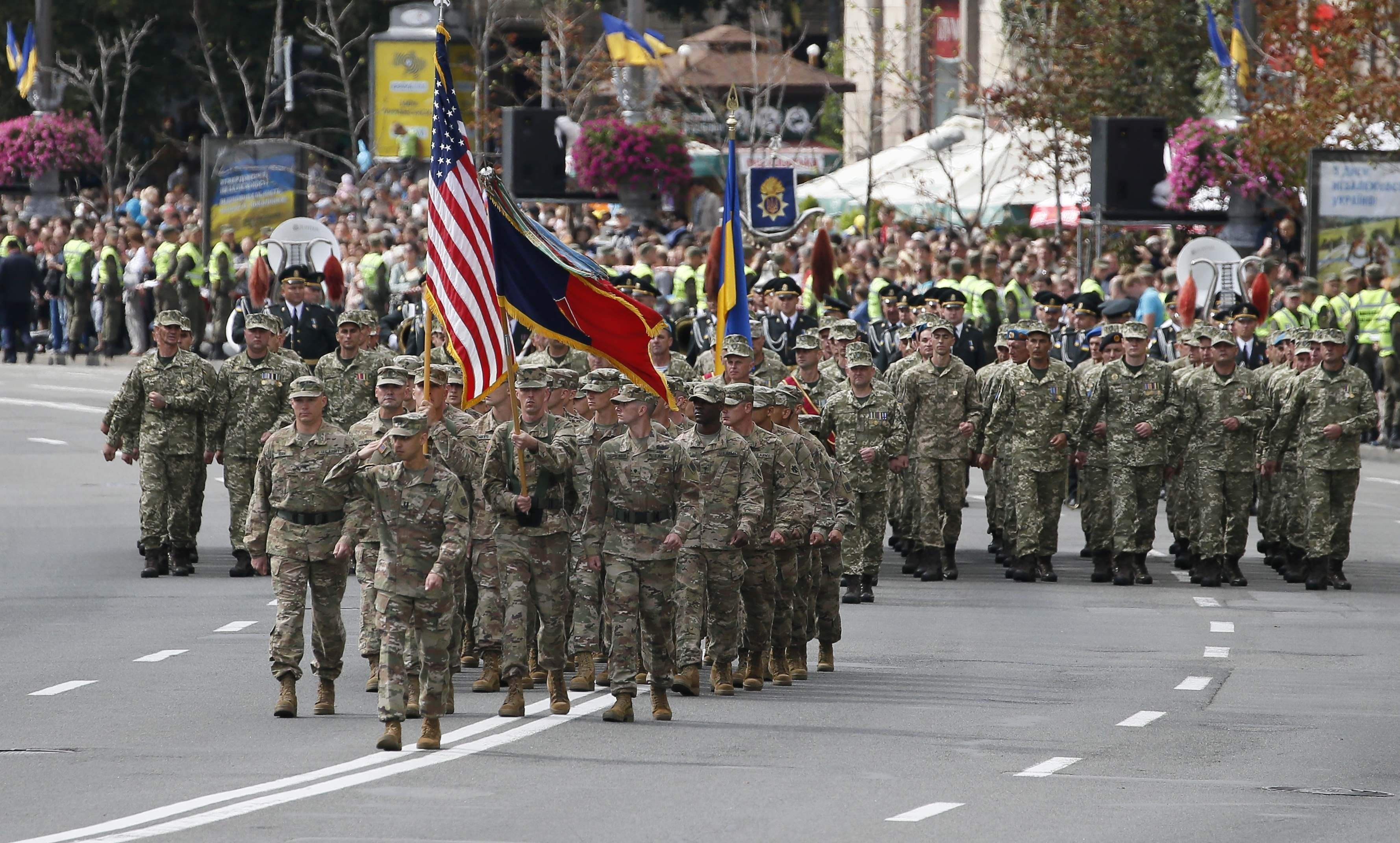 US servicemen (front) march during a military parade marking Ukraine's Independence Day in Kiev, Ukraine August 24, 2017