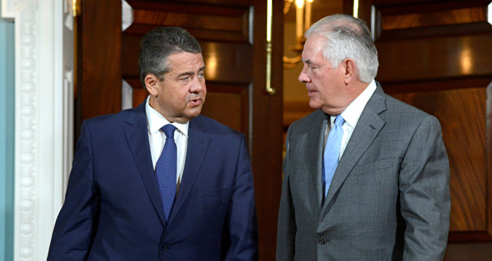 US Secretary of State Rex Tillerson (R) and German Foreign Minister Sigmar Gabriel. File photo