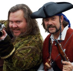 Mark Summers (Cap'n Slappy) and John Baur (Ol' Chumbucket), founders of Talk Like a Pirate Day