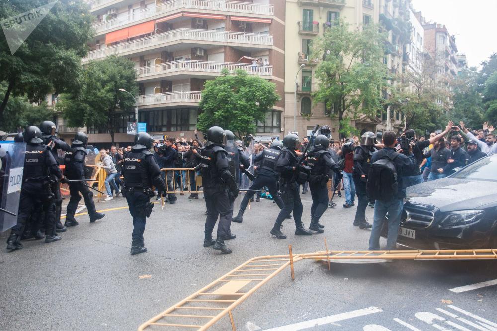 Catalan Referendum: Through Bruises to Independence