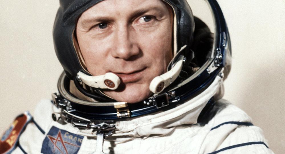 Portrait of East German cosmonaut Sigmund Jaehn, first German astronaut, taken on August 26, 1978 at the Cosmodrome in Baikonur, Russia prior to his space trip aboard Soviet rocket Soyuz 31. (File)