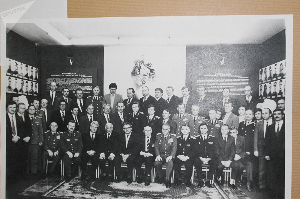 A joint photo of Stasi and KGB employees