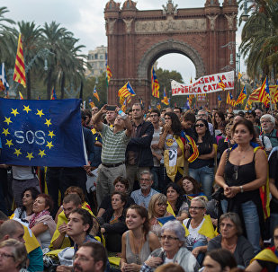 Barcelona residents wait for the parliament to announce the Catalan independence referndum results. File photo
