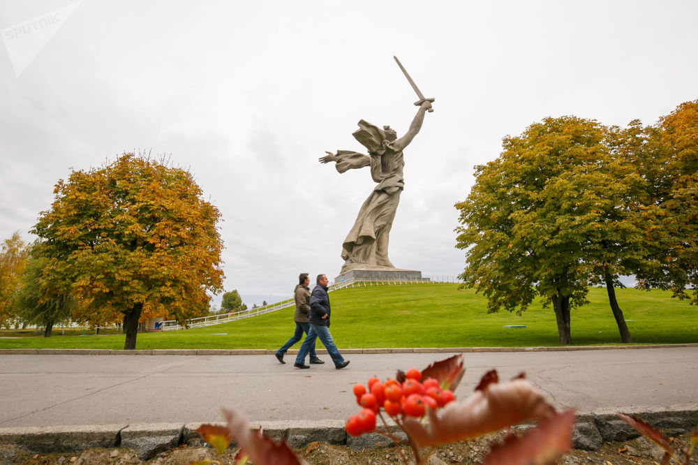 Golden Season: Autumn Across Russia