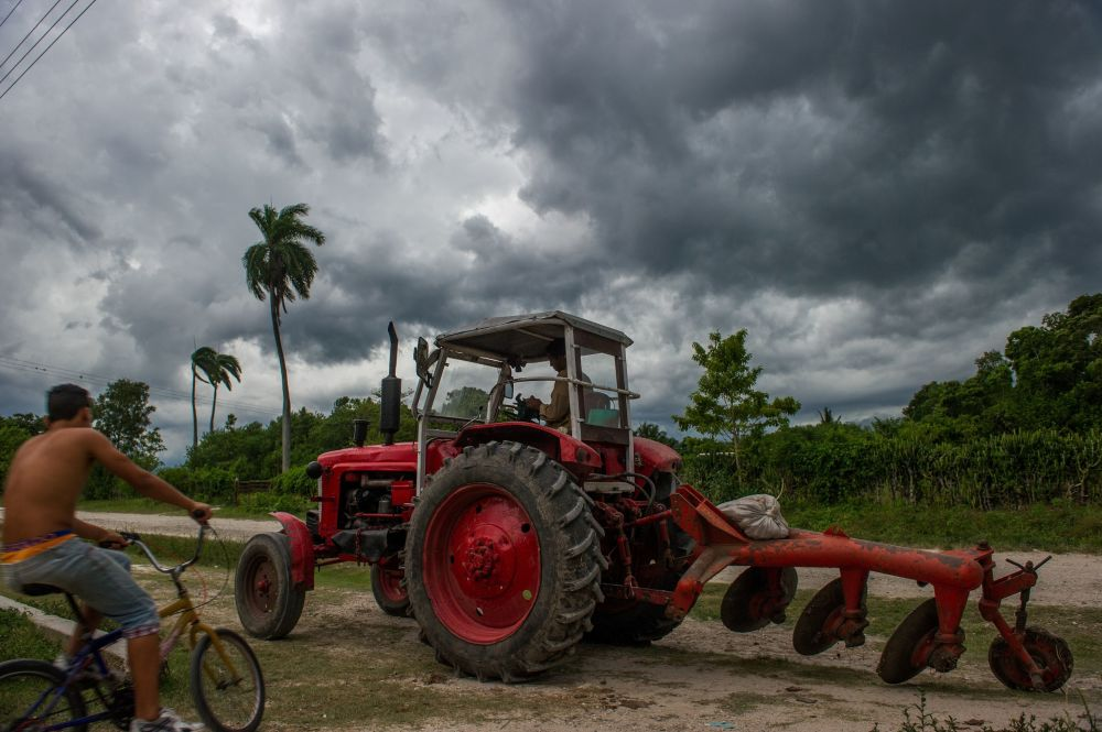 From Names and Schools to Cars and Weapons: Soviet Legacy in Cuba