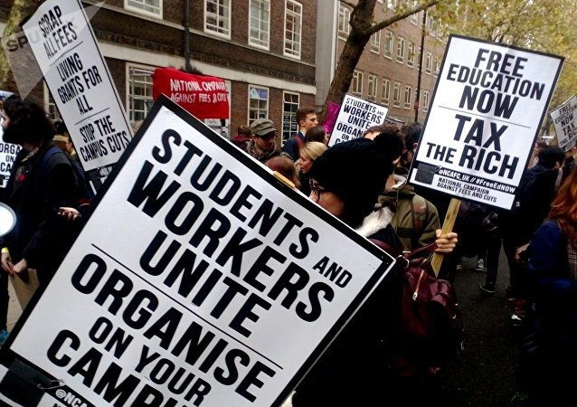 Students assemble in London to march for free education, November 15, 2017.