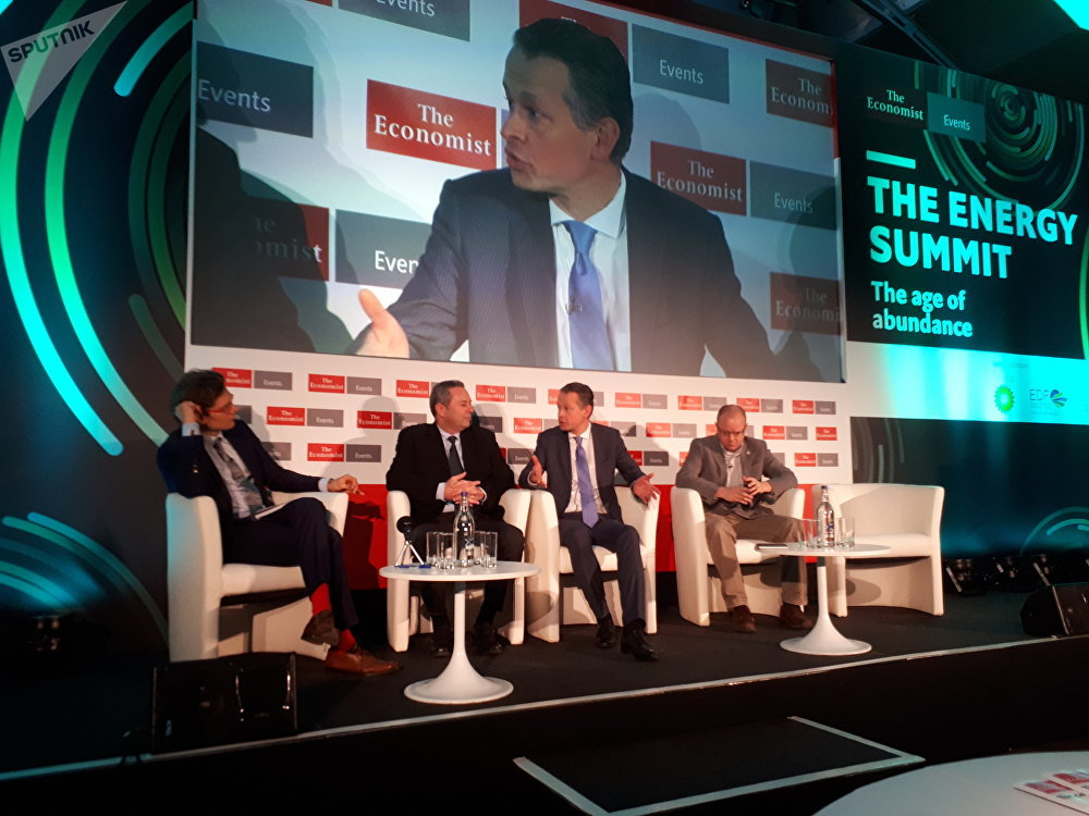 Dr Stephan Herbst (second from the right) at an energy summit in London on Wednesday