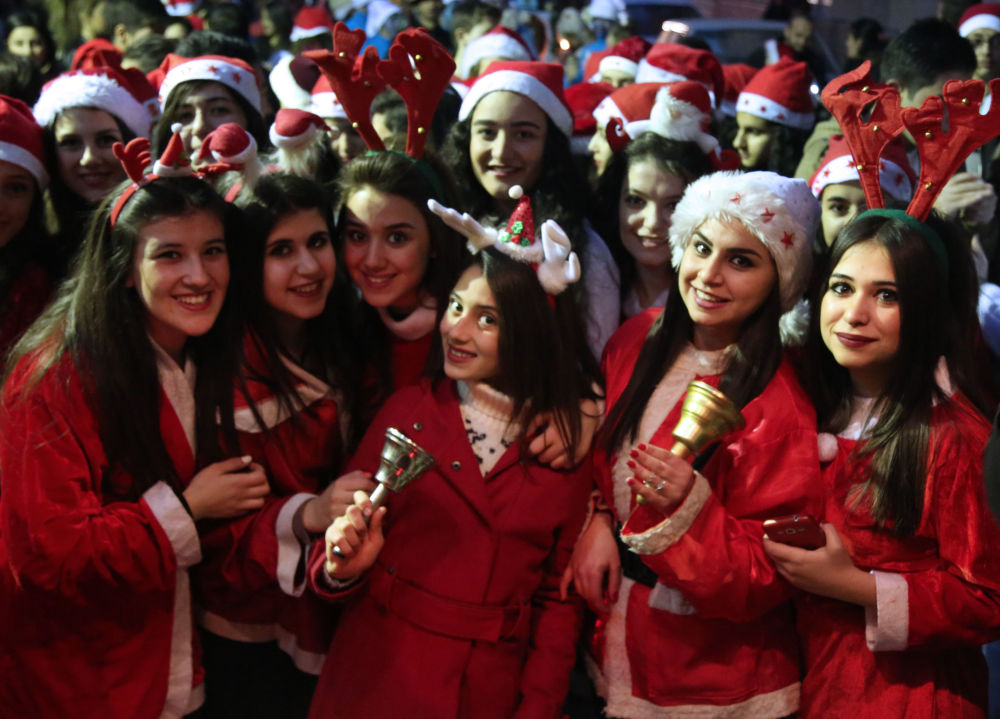 Ho-Ho-Hot! Ladies From Around the World Grace Santa Claus Costumes