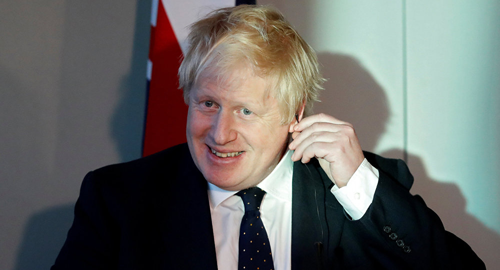 Boris Johnson drinks fruit juice from Fukushima