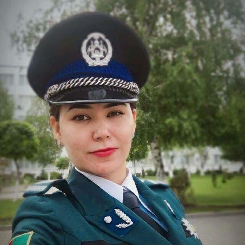 Gol Afruz Ebtekar in uniform