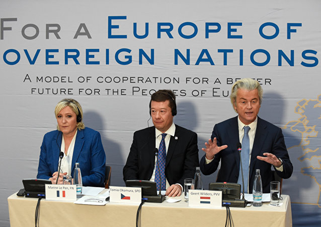 (LtoR) Marine Le Pen, head of French far-right National Front (FN) party, Tomio Okamura, leader of Czech far-right Freedom and Direct Democracy party (SPD) and Dutch far-right politician Geert Wilders of the PVV party (Partij voor de Vrijheid) give a press conference during a conference of the rightwing Europe of Nations and Freedom (ENF) group in the European parliament on December 16, 2017 outside Prague