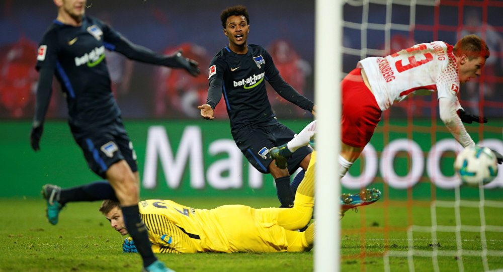 Soccer Football - Bundesliga - RB Leipzig vs Hertha Berlin - Red Bull Arena, Leipzig, Germany - December 17, 2017 RB Leipzig's Marcel Halstenberg scores their second goal