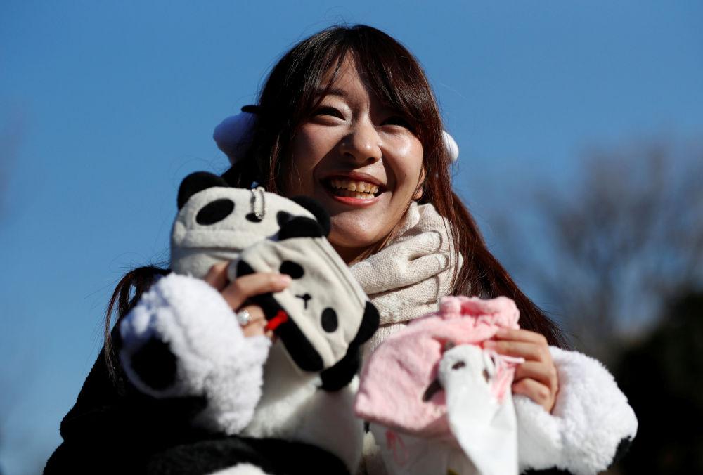 Japan's Sweet Baby Panda Makes Public Debut