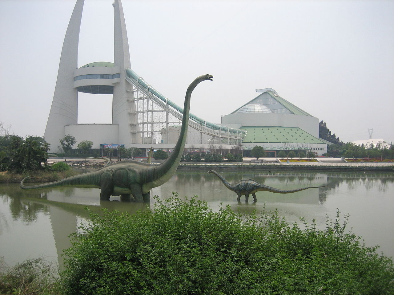 China Dinosaurs Park's lake