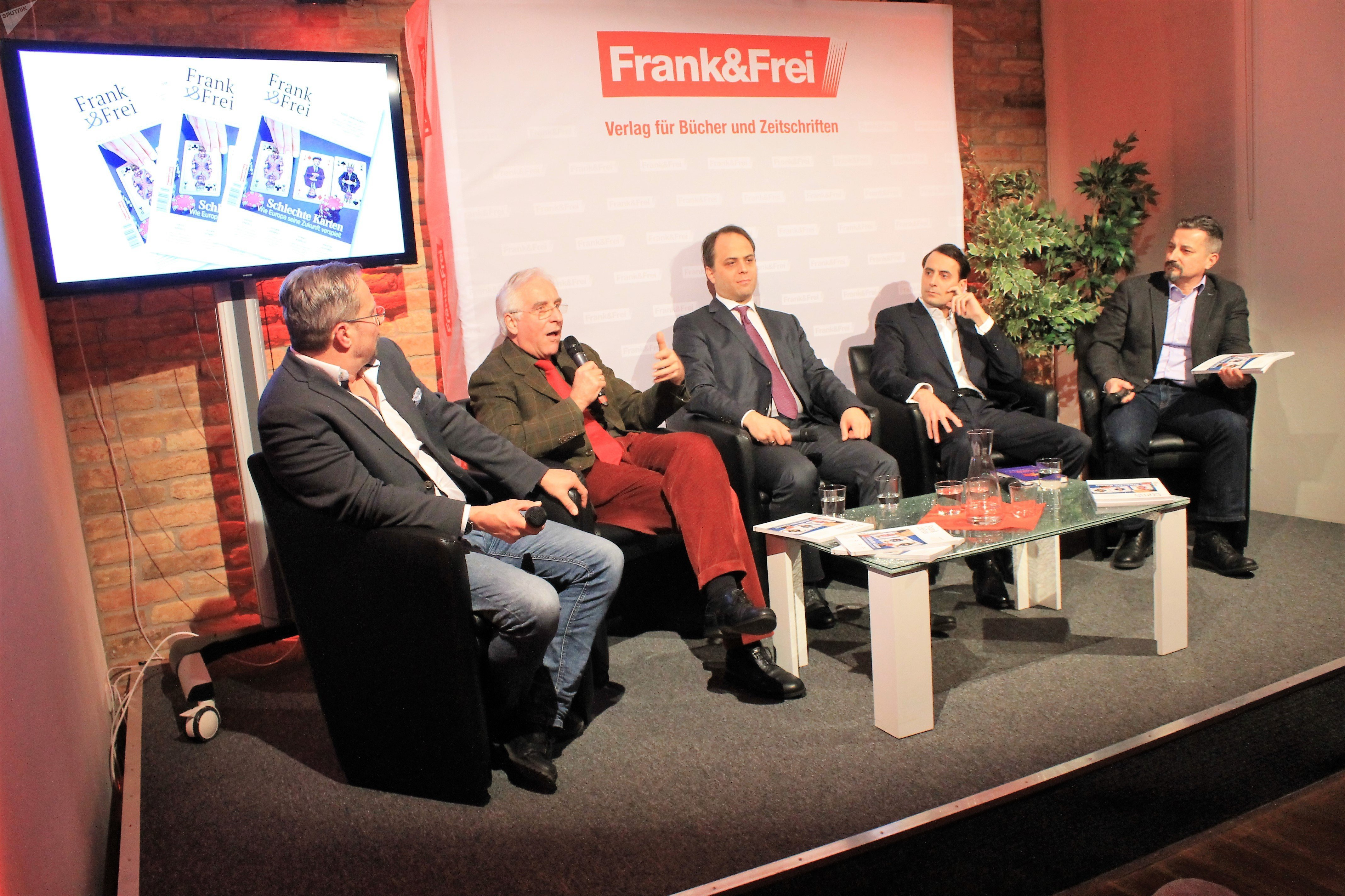 Discussion with the editors of Frank&Frei