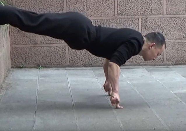 Kung Fu Master Shares His Secret
