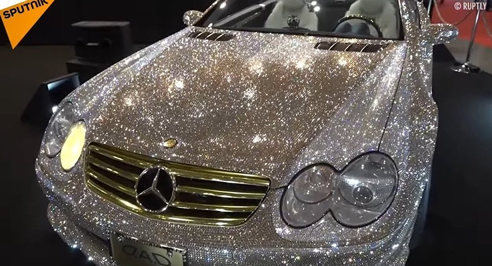 Nice Shine Bright Like A Diamond: Watch A Swarovski Mercedes Benz Sparkle