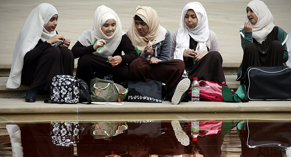 Britain's top primary school wants ban on hijab, fasting for Muslim children