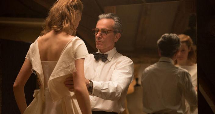 Кадр из фильма Призрачная нить