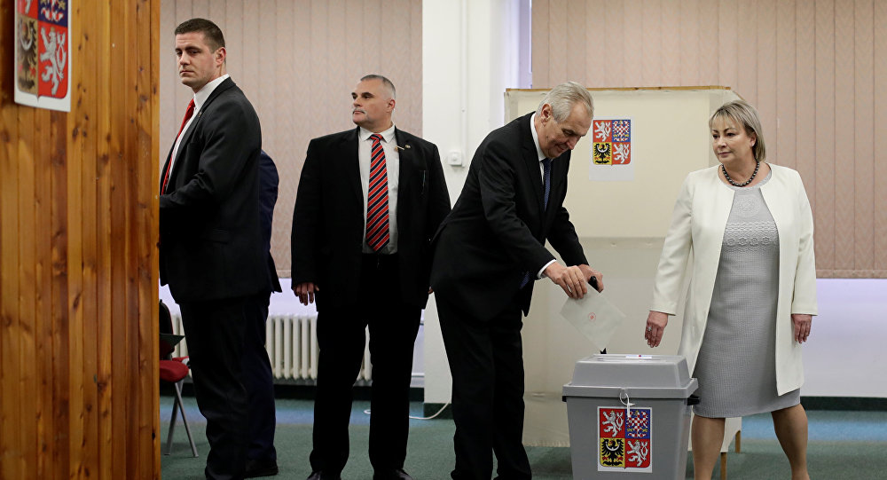 Incumbent president Milos Zeman casts his vote at a polling station during the second round of the presidential election in Prague, Czech Republic January 26, 2018