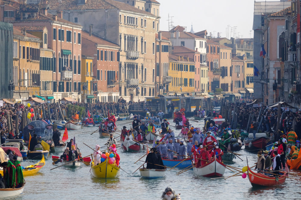 Mask Extravaganza: Iconic Venice Carnival Kicks Off