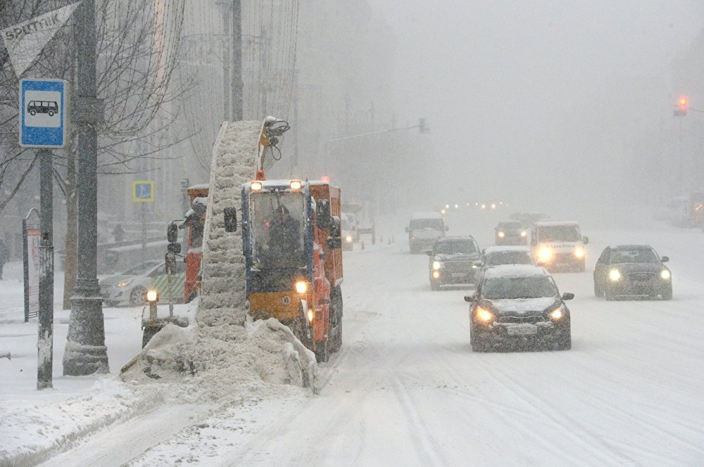 Snow apocalypse in Moscow: power outage, flight delays, casualties