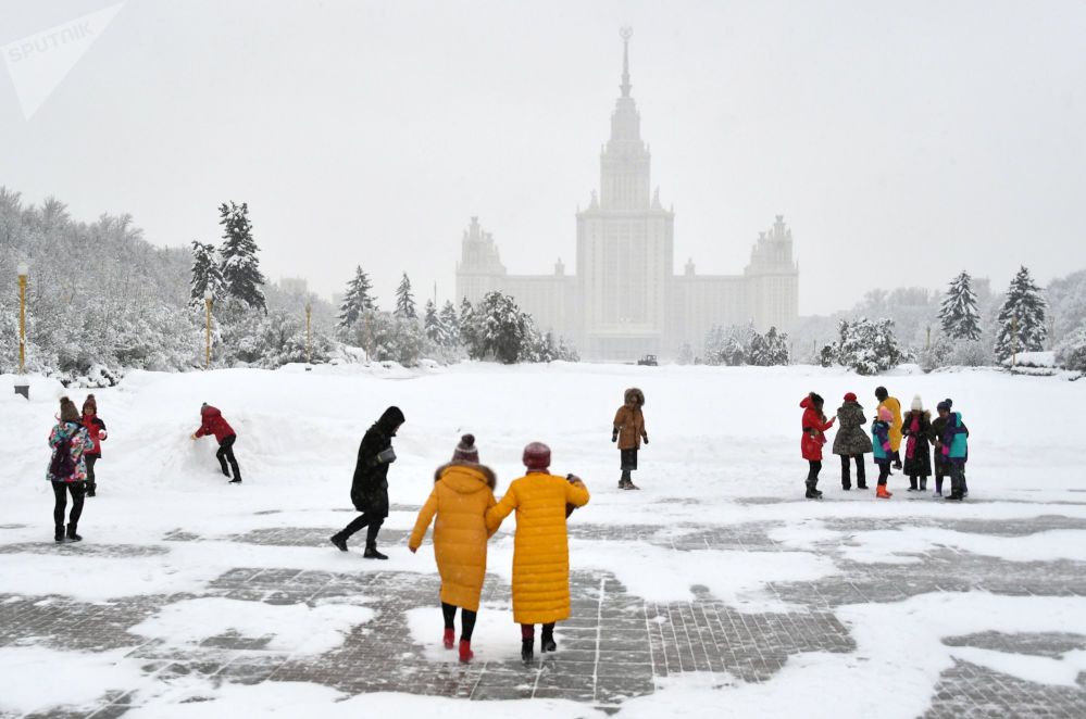 'Blizzard of Century': Snow Apocalypse in Moscow