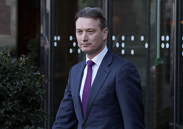 Dutch Minister of Foreign Affairs Halbe Zijlstra leaves the Dutch parliament Tweede Kamer after he announced his resignation in The Hague