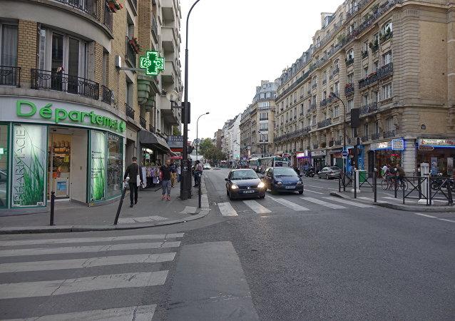 Rue Marx Dormoy (File)