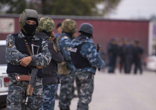 키르기스스탄 부총리 중국 대사관 인근 폭발 사고 자살테러