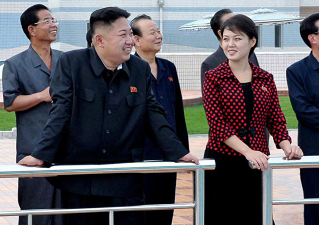 North Korean leader Kim Jong Un, front left, accompanied by his wife Ri Sol Ju, front right, inspects the Rungna People's Pleasure Ground in Pyongyang. (File)