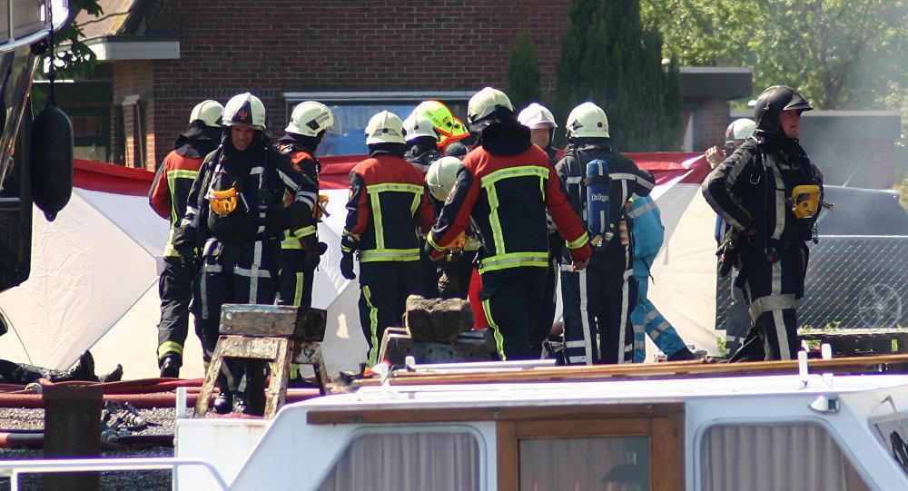 Dutch firemen (File)