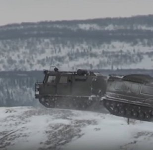 Northern Fleet Tests Aleut Snow & Swamp-Going Vehicle