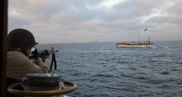 Soldier fires at the Chinese fishing boat named Jing Yuan 626 in Argentine waters