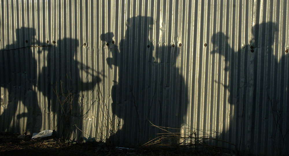 Indian soldiers shadows (File)
