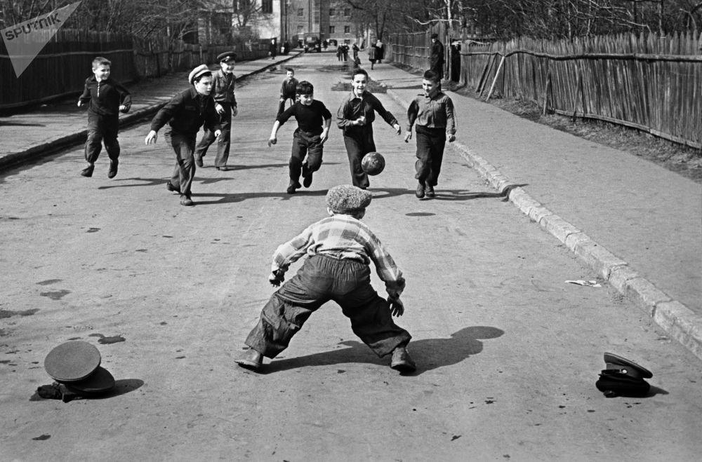 Soviet People Had Fun, Too