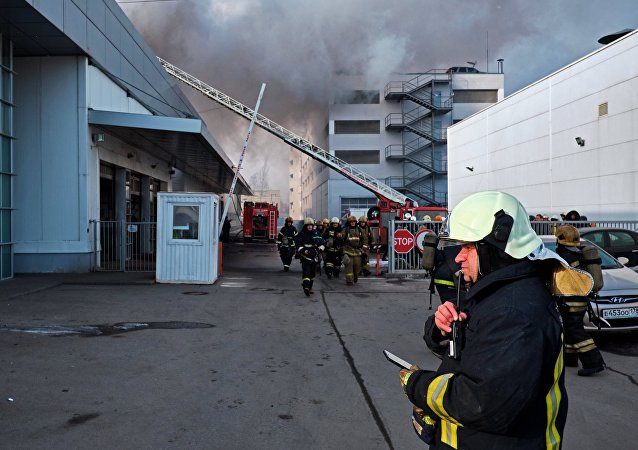 Hyundai car dealership on fire in St Petersburg