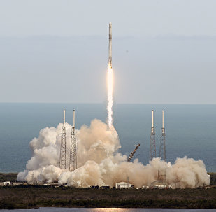A SpaceX Falcon 9 rocket lifts off from launch complex 40 at the Cape Canaveral Air Force Station in Cape Canaveral, Fla., Monday, April 2, 2018