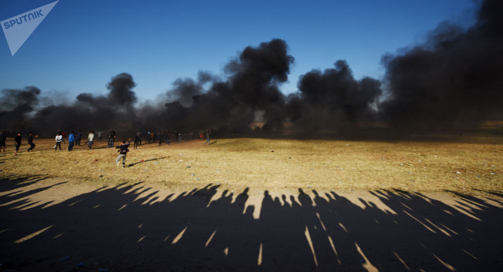 Palestinians' Mass Protests on Gaza Border in Pictures