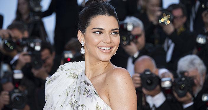 Kendall Jenner poses for photographers upon arrival at the screening of the film 120 Beats Per Minute at the 70th international film festival, Cannes, southern France, Saturday, May 20, 2017.