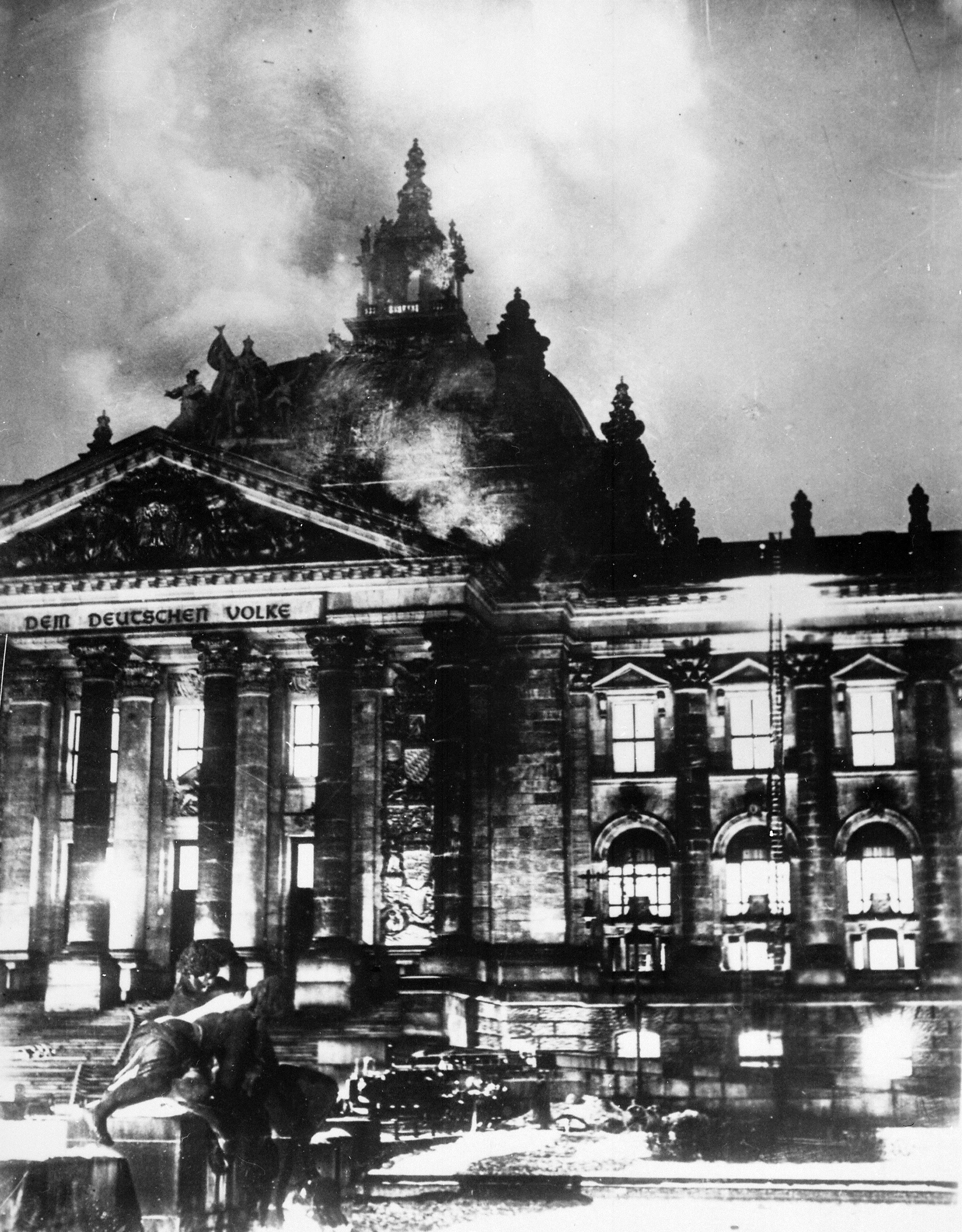Reichstag fire. Archive photo.