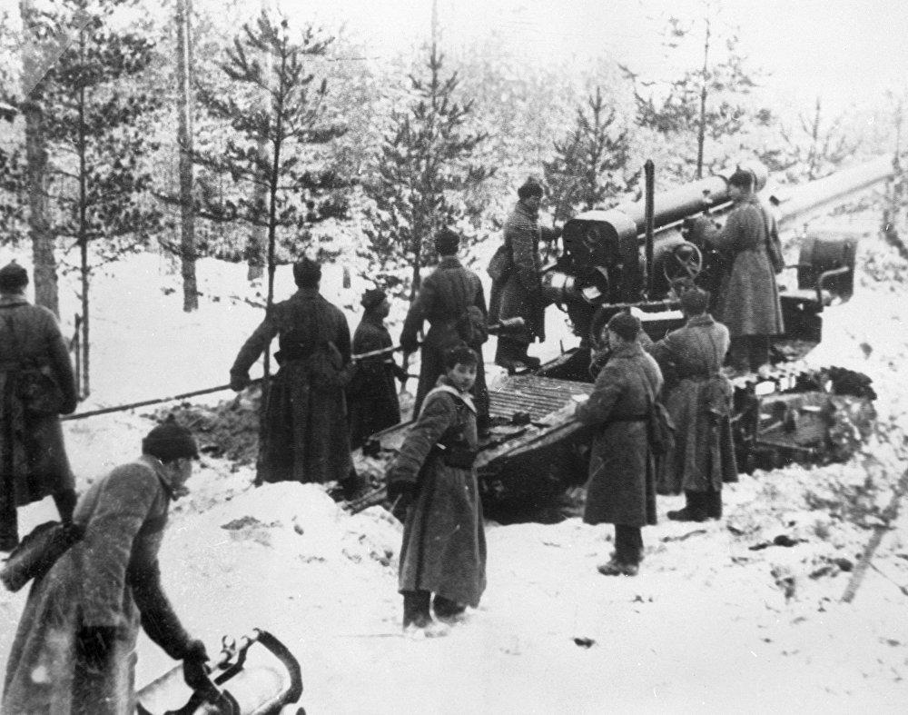 Red Army troops in Karelia during Winter War.