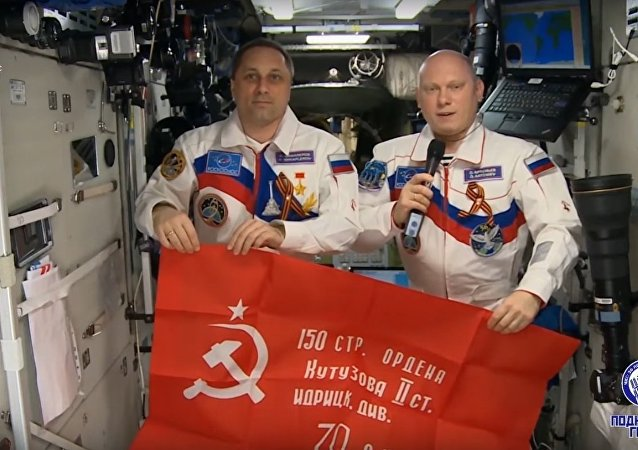 ISS: Russian Cosmounauts Remind About Importance of Peace on Earth on Victory Day