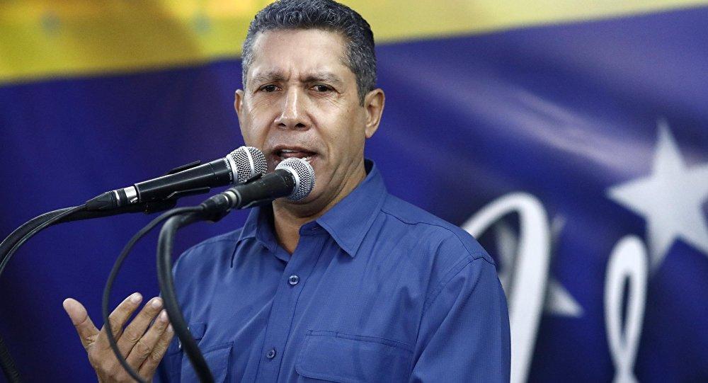 U.S. accuses Maduro, Venezuelan party official of drug trade profiteering