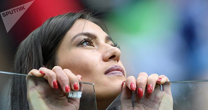 A female football fan