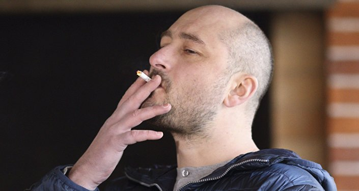 Russian journalist Arkady Babchenko smokes a cigarette during an interview in Kiev, Ukraine November 14, 2017