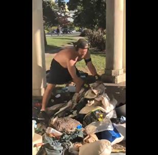 Jogger Destroys Homeless Man's Encampment