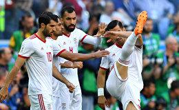 Soccer Football - World Cup - Group B - Morocco vs Iran - Saint Petersburg Stadium, Saint Petersburg, Russia - June 15, 2018 Iran's Karim Ansarifard, Rouzbeh Cheshmi and team mates before the match