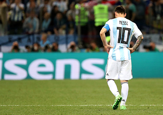 Soccer Football - World Cup - Group D - Argentina vs Croatia - Nizhny Novgorod Stadium, Nizhny Novgorod, Russia - June 21, 2018 Argentina's Lionel Messi looks dejected after Croatia's Luka Modric scores their second goal